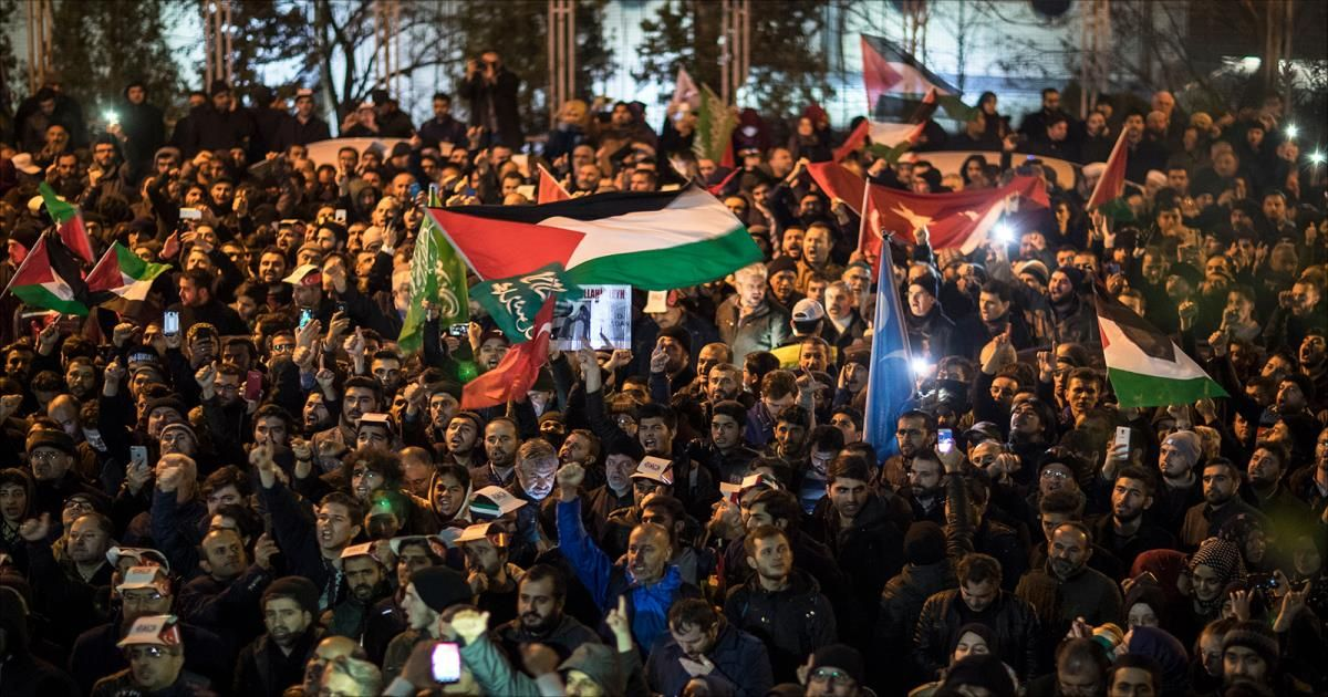 غياب التوافق الفلسطيني بشأن التهدئة والمصالحة يثير مخاوف الشارع بغزة