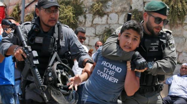 اعتقال 7 فلسطينيين في القدس بينهم طفل وفتاة