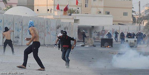 السجن 15 عاما لـ17 بحرينيا استهدفوا رجال شرطة بعبوة ناسفة