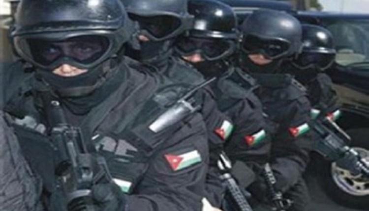قوات امنيه تمشط منطقة الشونه الجنوبيه بحثا عن قاتل شقيقاته