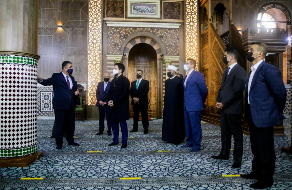 """الخلايلة: منبر """"الحسيني"""" الجديد مشابه لمنبر صلاح الدين و يتكون من 3 آلاف قطعة رُكبت دون استخدام """"براغي"""""""
