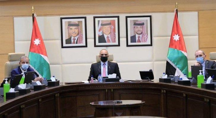 رئيس الوزراء والوزراء يوقّعون ميثاق الشرف لقواعد السلوك والإفصاح عن تضارب المصالح