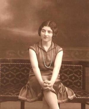 """تعرف على ملكة جمال فلسطين """"ادولينا حوا"""" قبل عام 1948 .. صورة"""