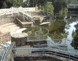 اللجنة السياحية النيابية تزور موقع المغطس