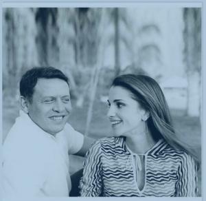 شاهد.. هكذا وقع الملك عبدالله في حبّ الملكة رانيا