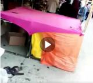 """بالفيديو ..  بلدية اربد الكبرى تنفذ حملة لإزالة البسطات في سوق """"البالة"""" الشعبي ..  والمواطنون: أتركو الفقير و شأنه!!"""