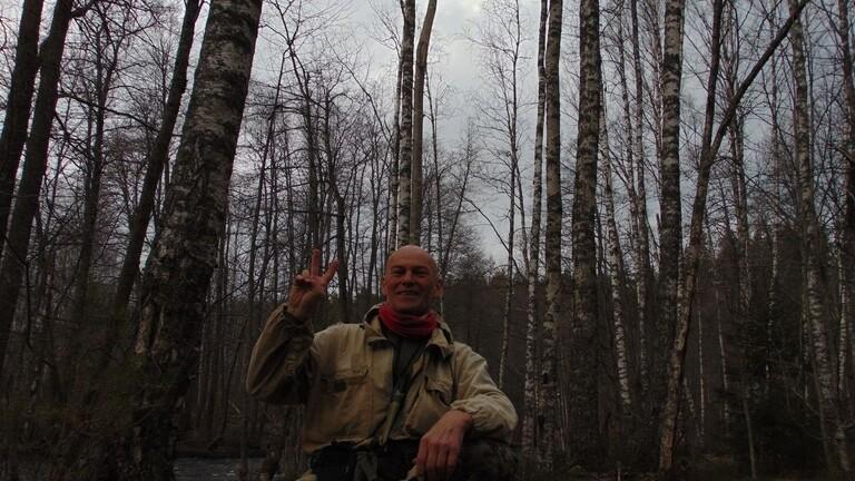 هرب إلى الغابة من كورونا  ..  ولقي حتفه بطريقة غريبة
