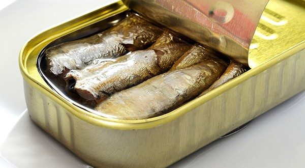 لا تغيير على أسعار سلع التونة والسردين وزيت الزيتون والدجاج المجمد  ..  تفاصيل
