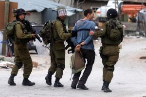 الاحتلال يعتقل شابا من بلدة الخضر جنوب بيت لحم