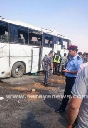 تغيير المسرب سبب حادث حافلة إربد