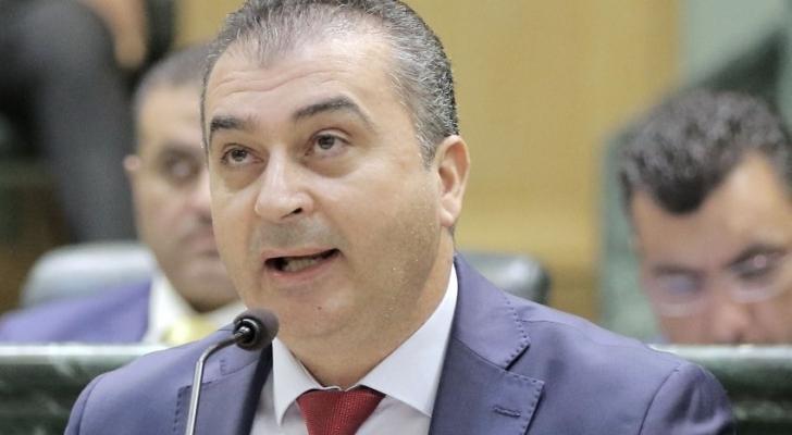 النائب هيثم زيادين يطالب وزير الصحة بفتح مركزا صحي المزار الجنوبي