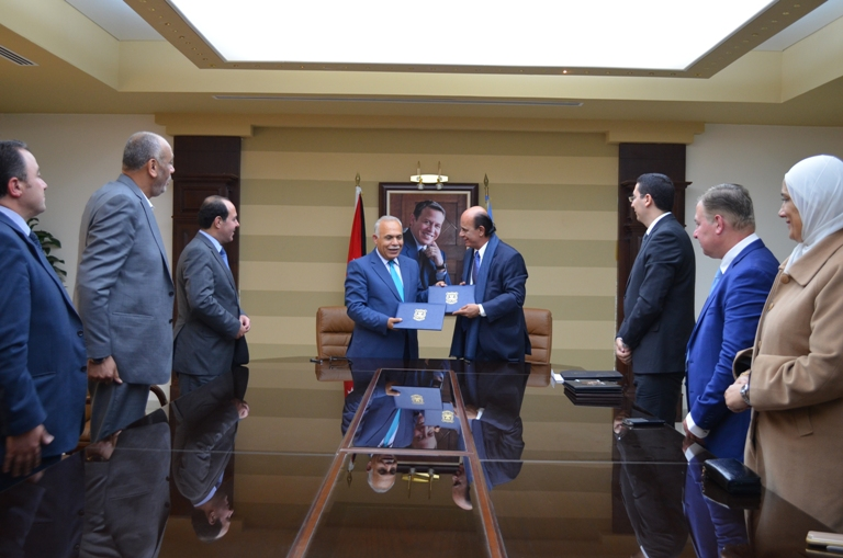 اتفاقية تعاون بين جامعة عمان الأهلية والمحكمة الأوربية
