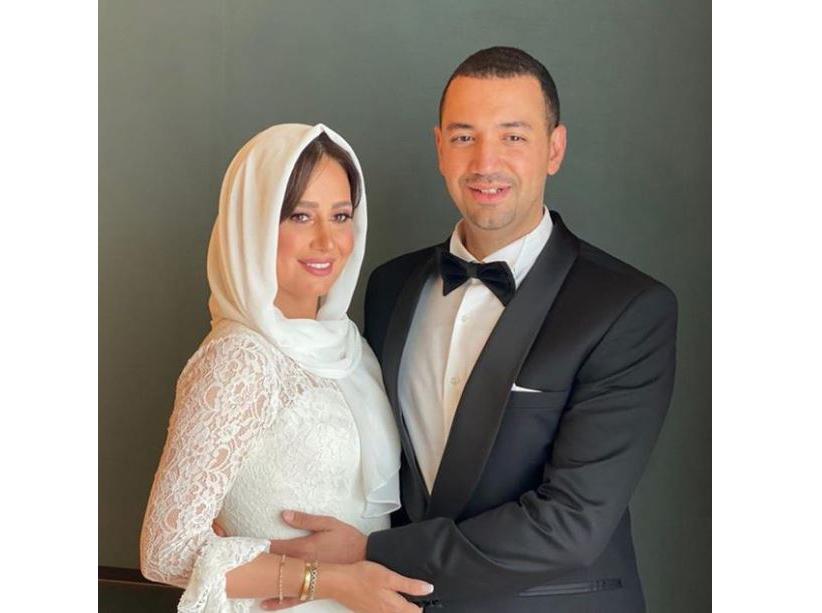 أول ظهور لحلا شيحة بعد زواجها من الداعية معز مسعود