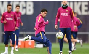 الدوري الإسباني: معركة الأمتار الأخيرة بين برشلونة وقطبي مدريد