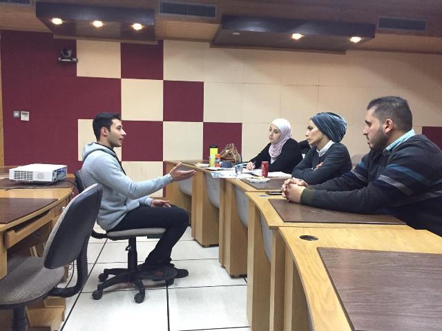 """وفد من شركة Estarta يقابل طلبة """"الشبكات وامن المعلومات"""" في عمان الاهلية للتوظيف"""