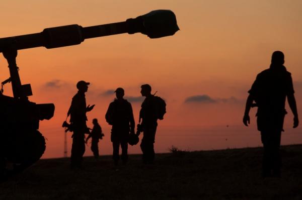 """وزراء في الاحتلال يدعون لإنهاء العملية العسكرية بعد نفاذ """"بنك الأهداف"""""""