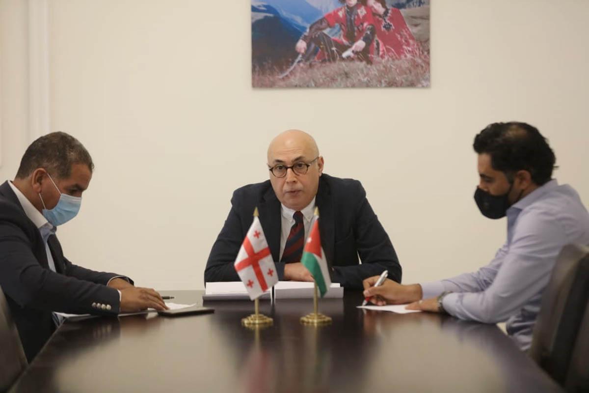 السفير الجورجي يشيد بدور الملك في جلب الاستقرار للمنطقة