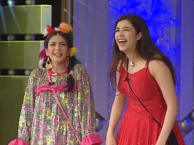 صور صداقة نادرة تجمع أحمد السقا بياسمين عبدالعزيز و منى زكي عمرها 15 عام!