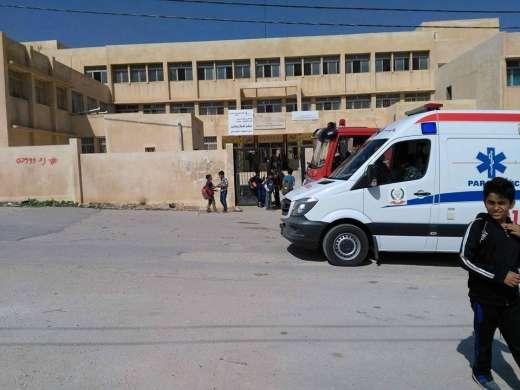 السلط  ..  15 حالة اختناق بحريق في مدرسة خوله بنت الازور
