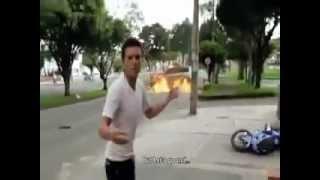 حادث خطير ونجاة رجل بأعجوبه  ..  فيديو