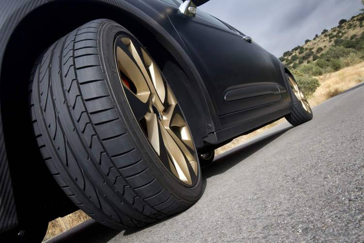 تعرف على أنواع الإطارات وأهمية اختيار الإطار المناسب لمركبتك