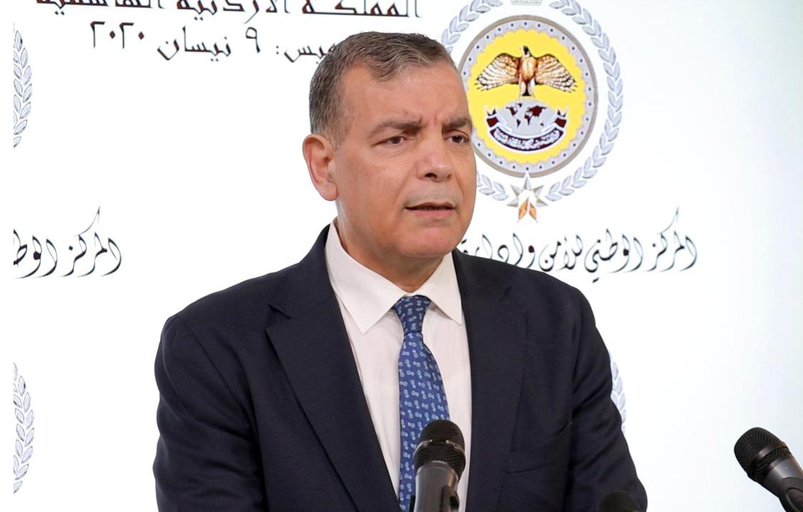 """وزير الصحة: """"التقصي الوبائي"""" تبحث عن اسباب اصابة ممرضان يعملان بمركز الحسين للسرطان بفيروس كورونا"""