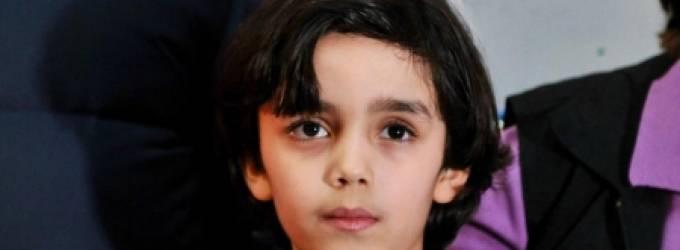 من هو .. عمره 7 سنوات ولوحاته تباع بآلاف الدولارات