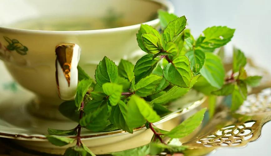 خمسة أنواع من الشاي تجدد الطاقة وتحسن المزاج