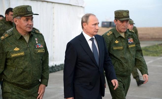 روسيا تستعرض قوتها في أكبر تمارين عسكرية بتاريخها
