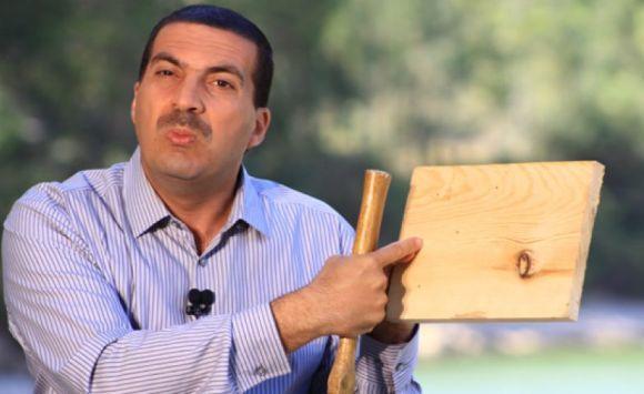 ثمن ساعة عمرو خالد الباهضة يعرّضه للهجوم وانتقادات لاذعة