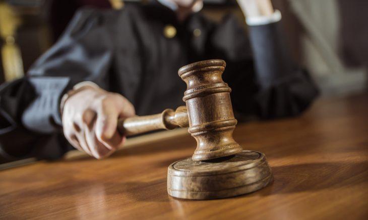 قاض تايلاندي يطلق النار على نفسه في قاعة محكمة بعد تبرئة المتهمين