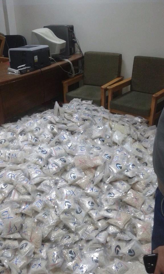 ضبط 5 ملايين حبة مخدرة مخبأة في مركبة (صور)