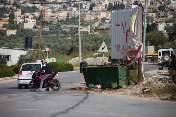طولكرم: مواجهات مع الاحتلال خلال اقتحامه مخيم نور شمس