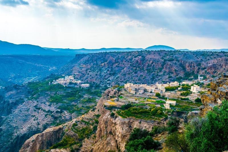 أهم الأنشطة السياحية والمغامرات في سلطنة عُمان  .. صور
