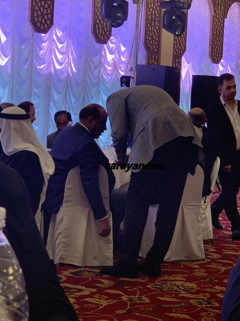 """النائب ابو حسان """"يهمس """" في اذن سلامة حماد """" صورة """""""