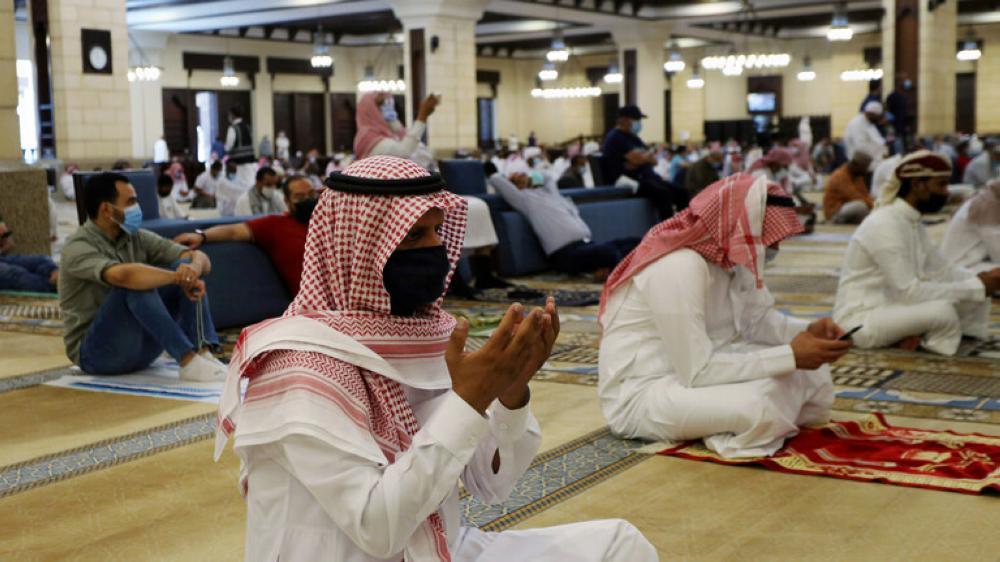السعودية تسجل ارتفاعا غير مسبوق في الوفيات والإصابات بكورونا