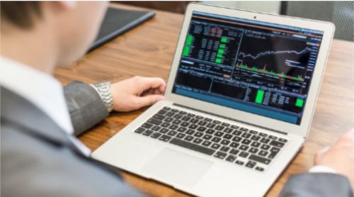 أهم الأمور التي يجب توافرها في منصة التداول المالي
