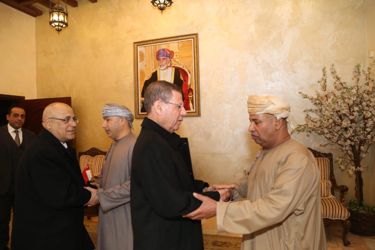 جامعة الشرق الأوسط تقدم واجب العزاء بوفاة سلطان عمان