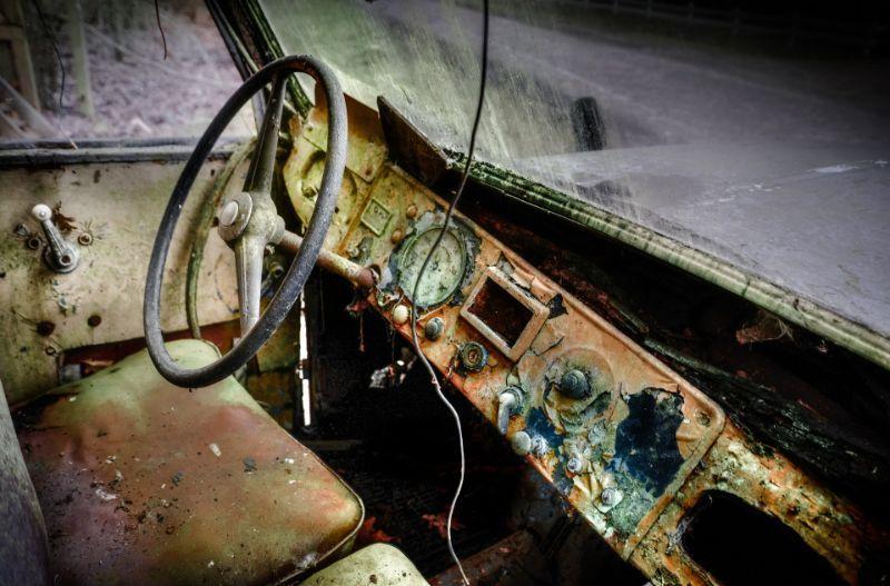 إليك أكثر الأماكن اتساخاً داخل سيارتك