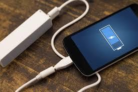 كيف تحافظ على بطارية الهاتف المحمول لأطول فترة ممكنة؟