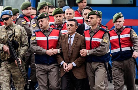 24 حكما بالمؤبد لقادة انقلاب تركيا