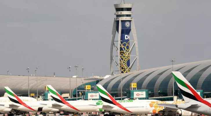 الإمارات تمنع سفر مواطنيها للسياحة ..  وقطر تعيد فتح الشواطئ