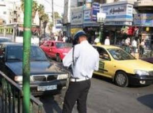 """مخالفات السير """"كابوس"""" يقض مضاجع مواطنين ويتصدر حديث المجالس"""