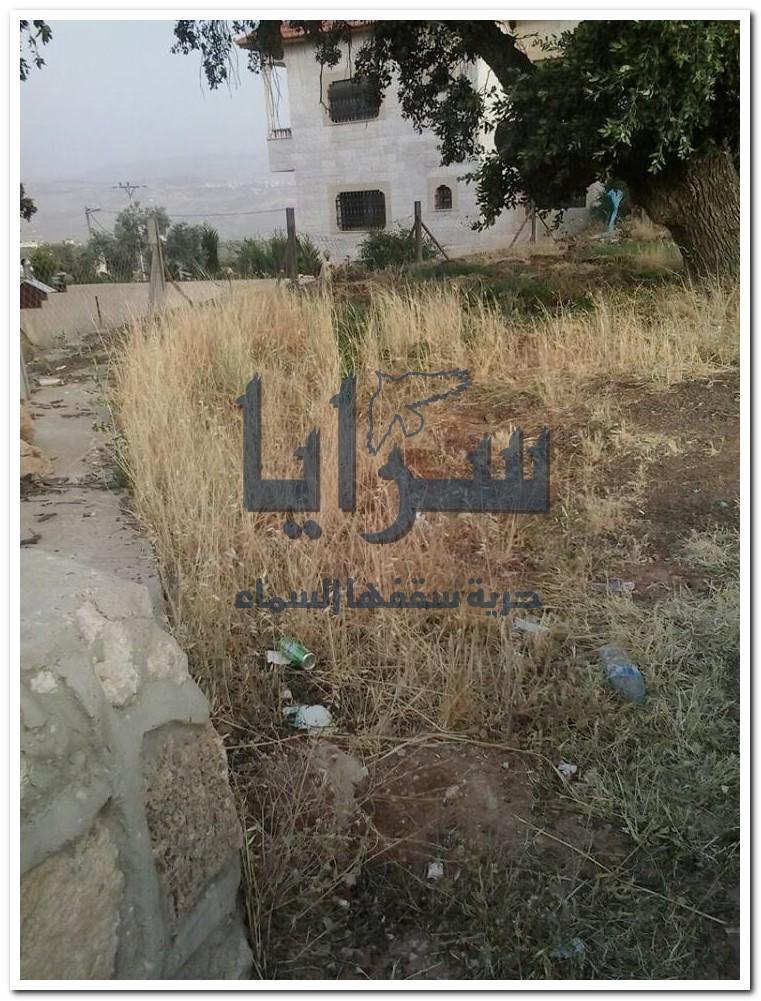 بالصور ..  الرمثا : اعتداءات متكررة على مقبرة همتا الاسلامية
