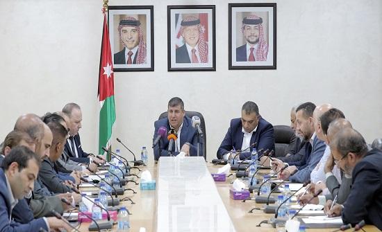 فلسطين النيابية تواصل بحث دعم حملة العودة حقي وقراري