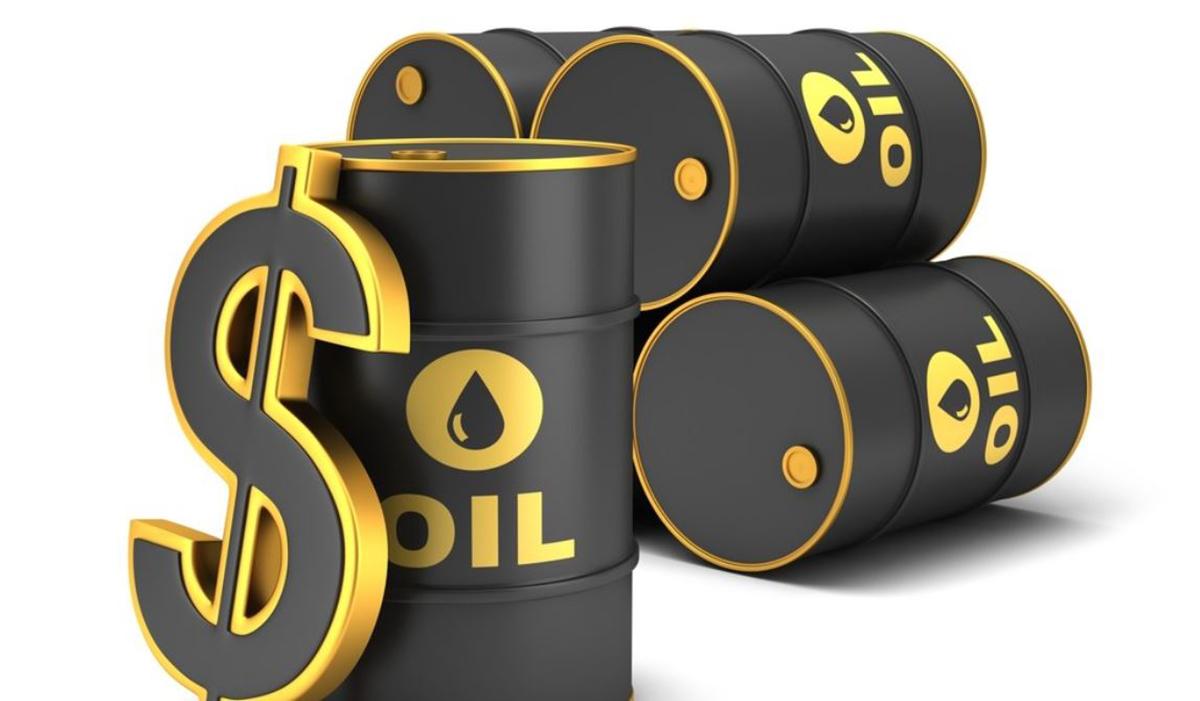 أسعار النفط تصعد حوالي 2% بدعم من توقعات بتعافٍ سريع للطلب