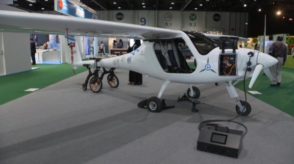 طائرات كهربائية للإيجار في الإمارات هذا العام
