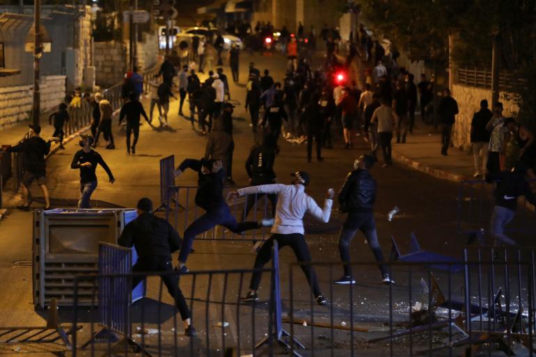 53 إصابة بمواجهات مع الاحتلال في أحياء القدس