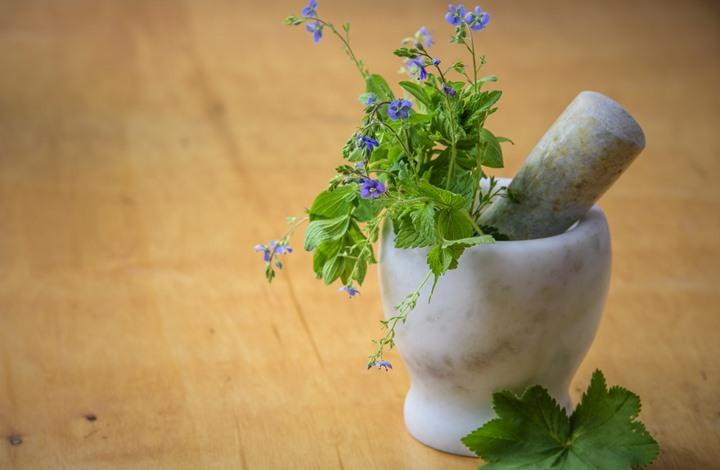 إليك 5 أعشاب تمنع الإرهاق المزمن وتكافح الاكتئاب