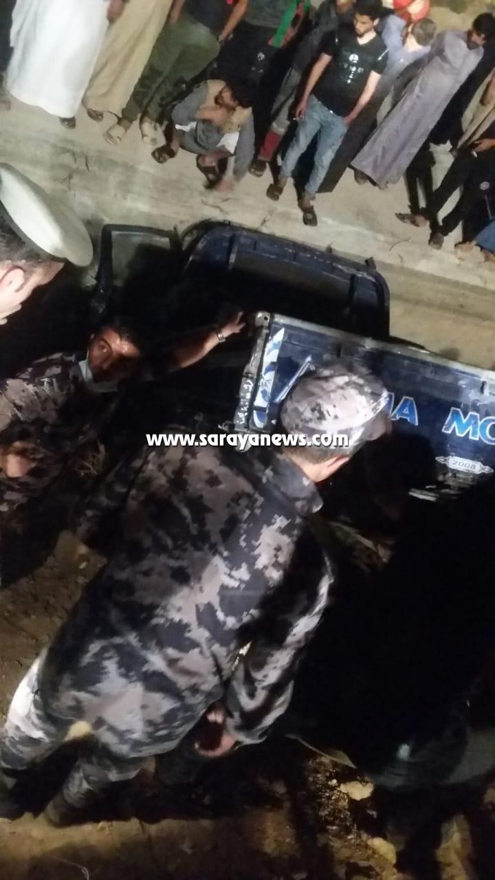 اصابة اربع اشخاص اثر تدهور ديانا في البادية الشرقية  ..  صور